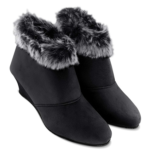 Latest Ankle Length Boots For Women In Black Color